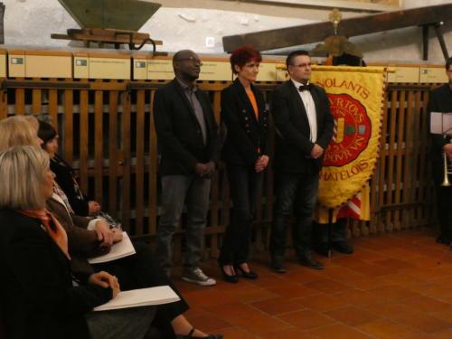 Frairie de printemps au Château de Boudry - cérémonie des intronisations: Hassan Assumani, Sandra Niculescu et José Ramos.
