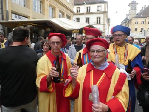 Ouverture de la Fête des vendanges: Jean-Paul Vuitel, Bernard et Christiane Chevalley, et Rémy Pheulpin.